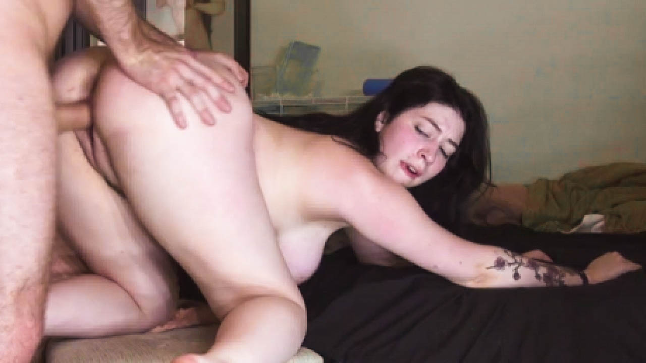 Messy Sex For College Nymphos